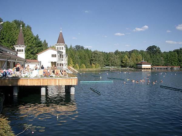 海維茲溫泉湖