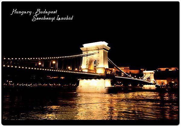 鏈橋皇宮夜景