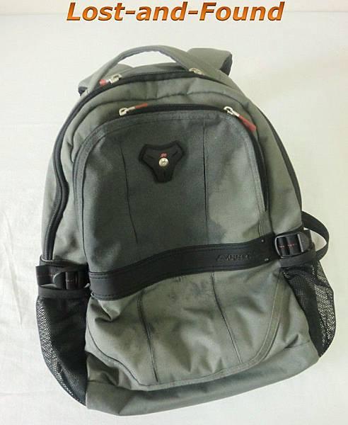 01_被遺忘的背包.jpg