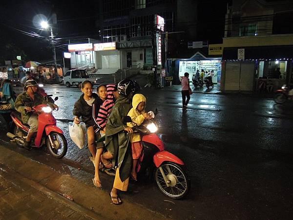 01_菲律賓模特車也是計程車.jpg