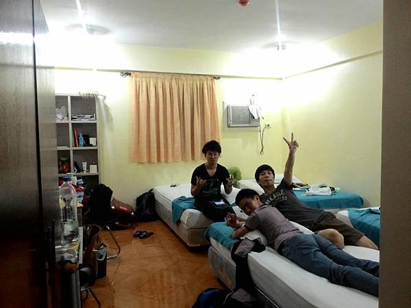 03_菲律賓學英文日本室友們Vito.jpg