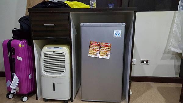 菲律賓學英文冰箱上的指示Vito-1.jpg