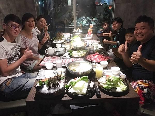 菲律賓學英文香港學生造訪ElaineJakeVito.jpg