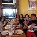 09菲律賓學英文跟RiaTom一起吃飯Vito.jpg