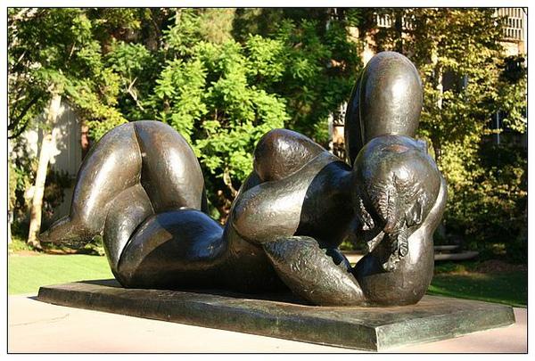 5_3_莫非雕塑公園 The Franklin D. Murphy Sculpture Garden.jpg