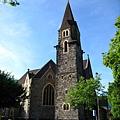 後面的教堂