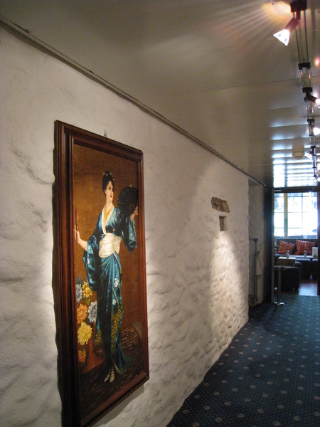 牆上隨時有畫作可以欣賞