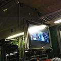 車廂內有螢幕介紹少女峰,還有鏡頭拍攝告訴旅客山上當時的氣候如何