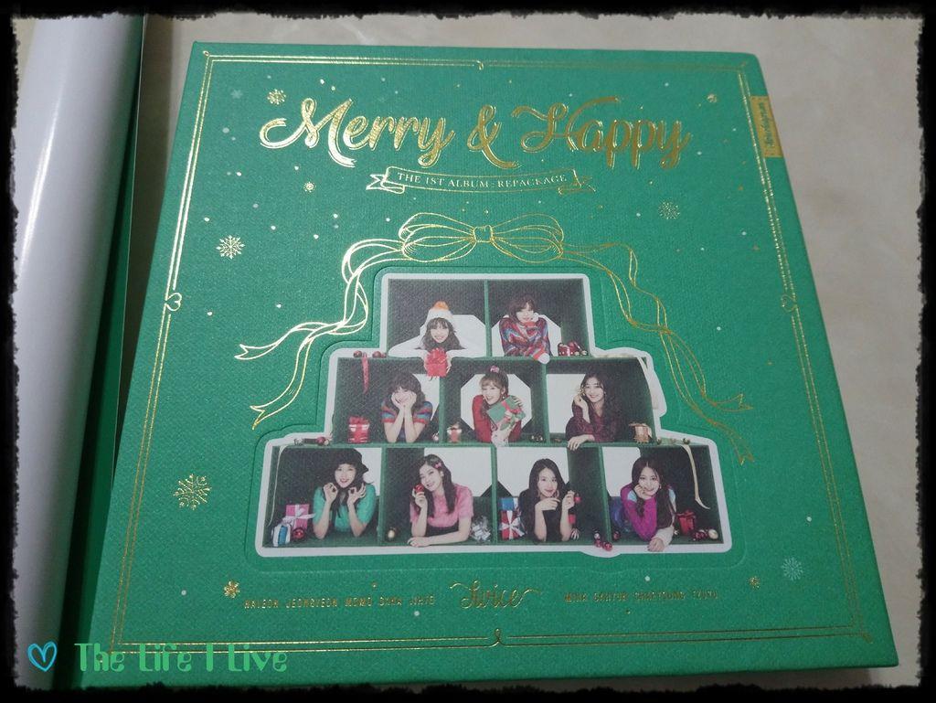TWICE《Merry %26; Happy》 002.jpg