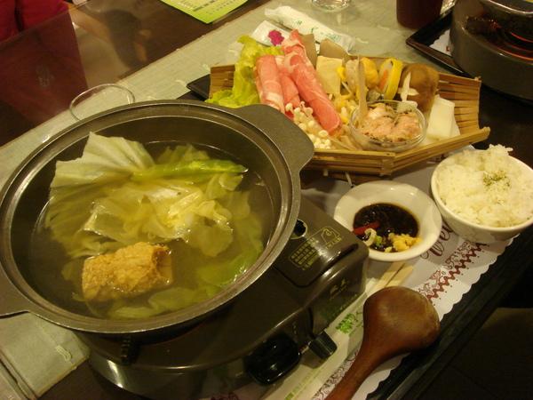 鮮菇豬肉火鍋OK.JPG