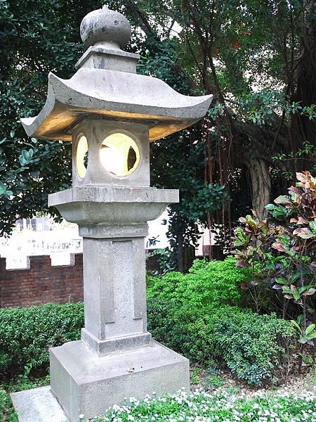 日式風格燈台.jpg