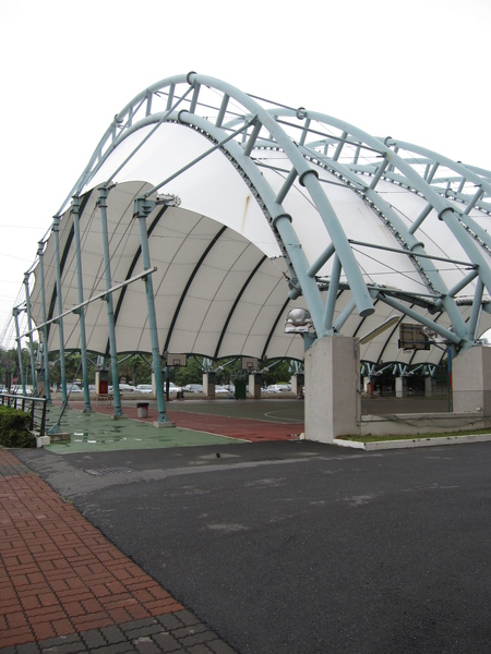 高醫的籃球場