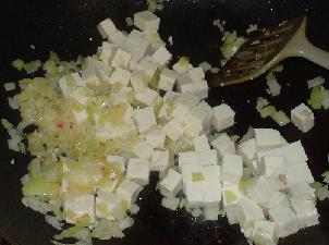 滑蛋蝦仁豆腐-5