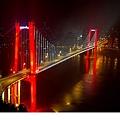 長江夜景.jpg