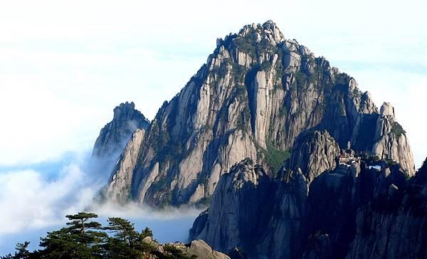 世界自然文化遺產兼具 - 黃山 @愛旅遊