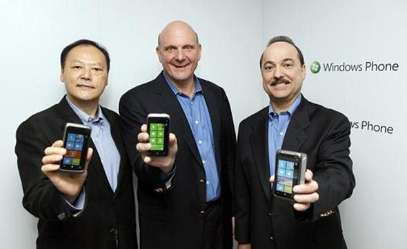 HTC%20WP%207%20-Peter,%20Steve,%20and%20Ralph