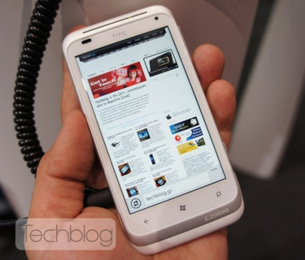 HTC-Omega-hands-on-Techblog-2-500x426