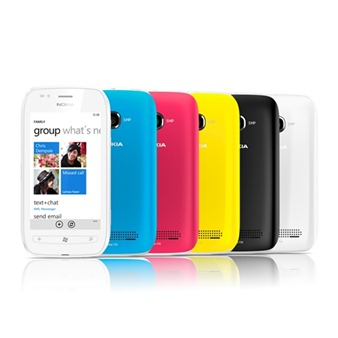 Nokia-Lumia-710-4