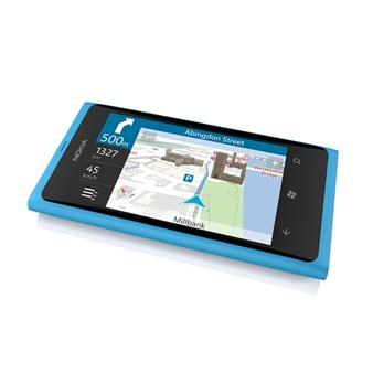 Nokia-Lumia-800-9