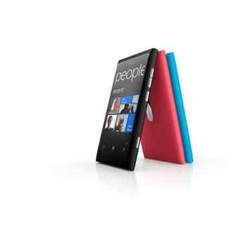 Nokia-Lumia-800-7