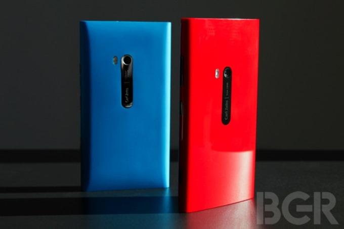 bgr-nokia-lumia-920-1