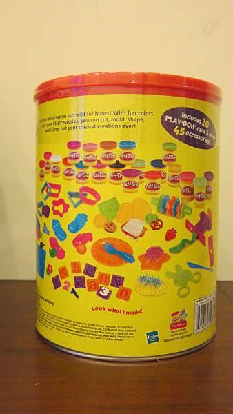 Play-Doh 培樂多 歡樂創意粘土 每桶內含20罐黏土加45個模具03 20120601 649