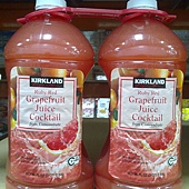 181231 Kirkland Signature 紅葡萄柚果汁飲料 2.84公升x2 原汁含有率50% 319 02