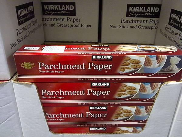 587346 Kirkland Signature 食物烹調專用紙 38.1公分x49.9公尺 耐熱216度 法國製  185 02.jpg