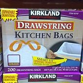 50787 Kirkland Signature 高級進口垃圾袋 49.2公升x200個 60.9x68.5公分 499 02.jpg