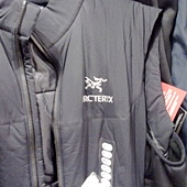 771842 Arcteryx Atom LT Vest 系列 男防風保暖背心 化纖保暖材質 S-XL. 3699 06.jpg