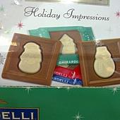 776996 Ghirardelli 歡樂假期耶誕系列巧克力片 3種圖案546公克 美國製 399 03.jpg