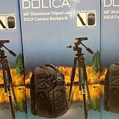 101552 Dolica AX680P104+D10 68吋多功能專業鋁合金腳架+多向式雲台+多功能時尚防震專業相機後背包 2999 04.jpg