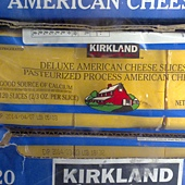 48682 Kirkland Signature Deluxe  American Cheese 2.27公斤  特級美國乾酪片 美國產 415 02.jpg