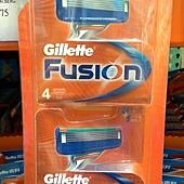 78392  Gillette 吉列 鋒隱 5+1 替換刮鬍刀片 每組8入 適用無感&鋒隱權系列刀架 德國產20150525 539 02.jpg