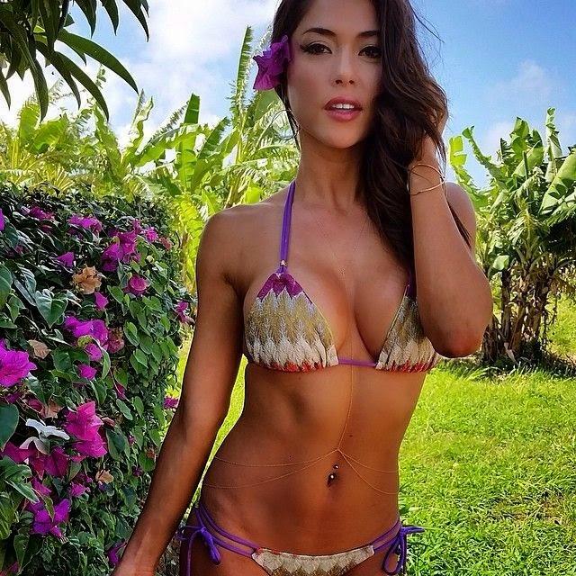 Arianny-Celeste-hot-bikini.jpg