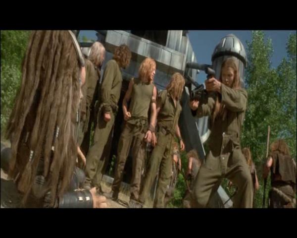 Battlefield Earth.2000.}VENOMONEROK{DVDRip.DivX[(087315)04-33-38].jpg