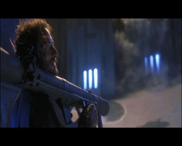Battlefield Earth.2000.}VENOMONEROK{DVDRip.DivX[(136887)04-46-05].jpg