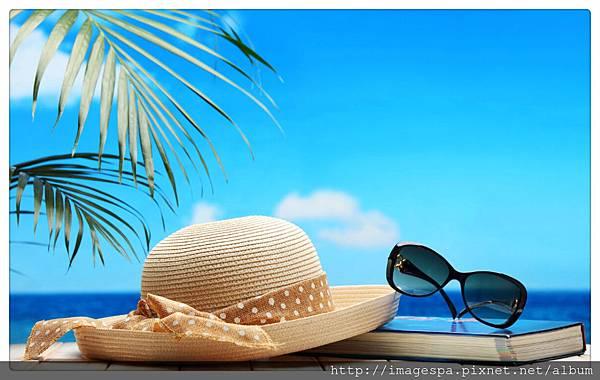 太陽眼鏡 草帽.jpg