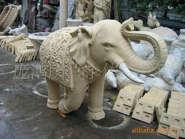 大象003.jpg
