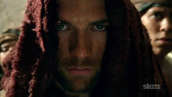 spartacus-vengeance-staz-liam-mcintyre-hooded-e1324578671947