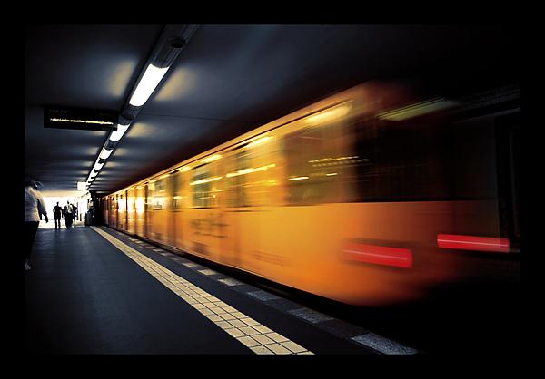 U_Bahn_by_ruzy3.jpg