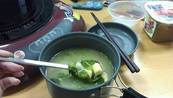 2011/12/13辦公室午餐