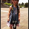 妮妮背相機 d90