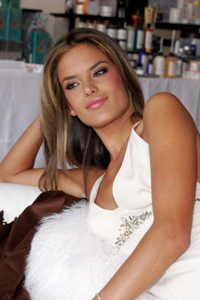 Alessandra Ambrosio - Launch Of Victoria's Secret Beauty Catalogue 06.jpg