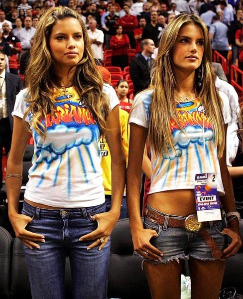 Alessandra Ambrosio & Adriana Lima - Events - Angels Across America - 05.jpg