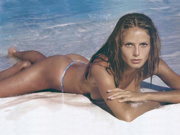 Heidi Klum - Sexy String.jpg
