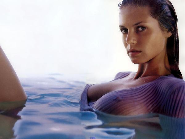 Heidi Klum - Sports Illustrated Swimsuit Editon 1999.jpg