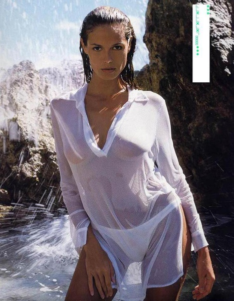 Heidi Klum-Wet White Shirt.jpg