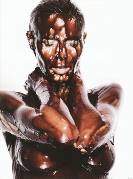 heidi-klum-nude-chocolate-heidilicious-rankin-03.jpg