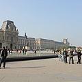 羅浮宮廣場